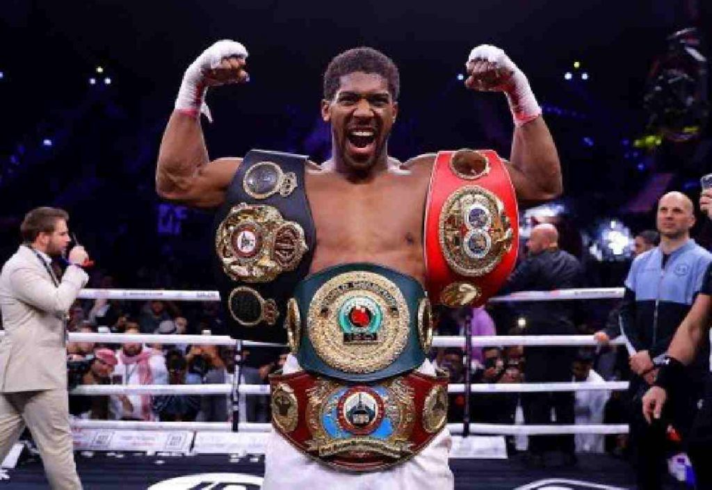 Anthony Joshua with world heavyweight championship